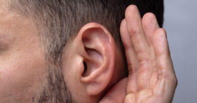 聴覚障害を救うデバイス・技術 6選